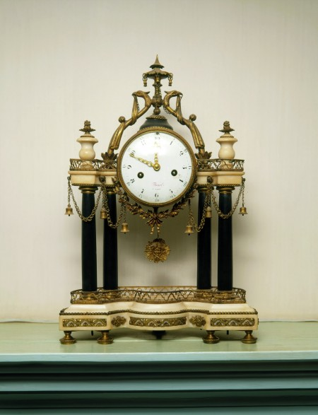 French mantel clock, c. 1788, Gift of Mrs. George W. Woodward, Vice Regent for Kentucky, 1890 (W-11).