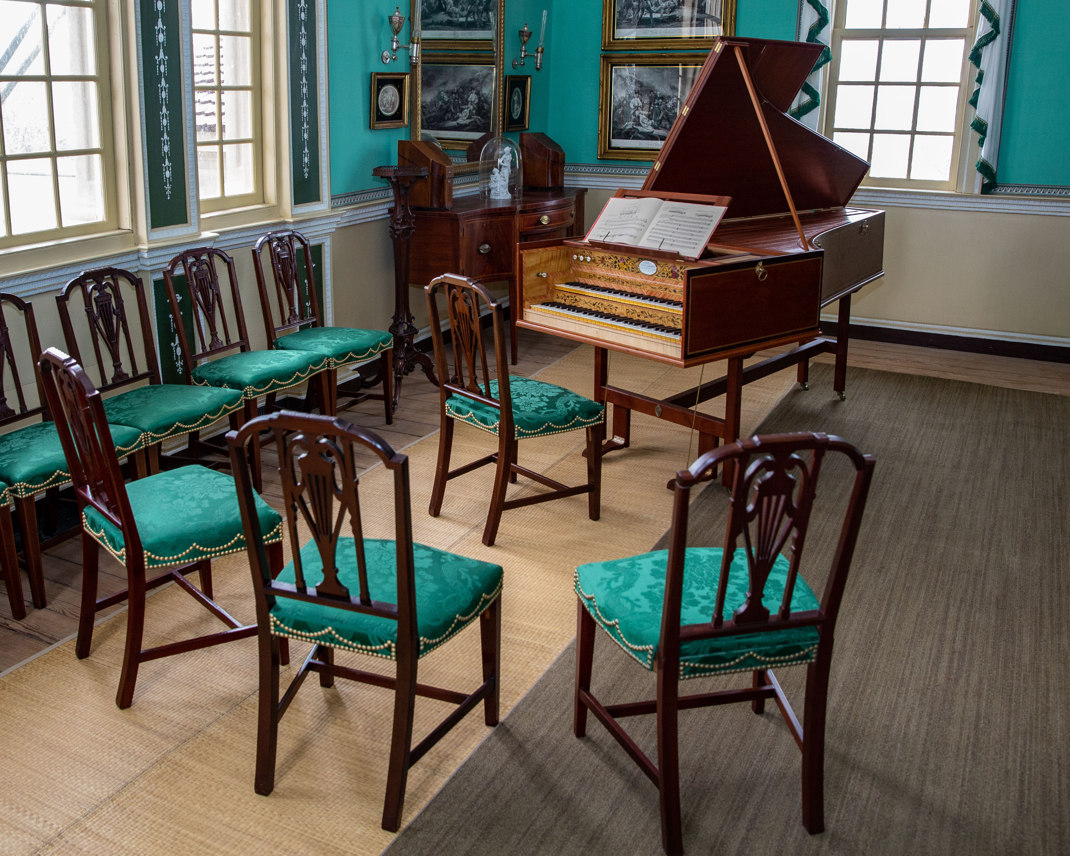 Nelly Custis's reproduction harpsichord on display in the New Room of the Mansion.