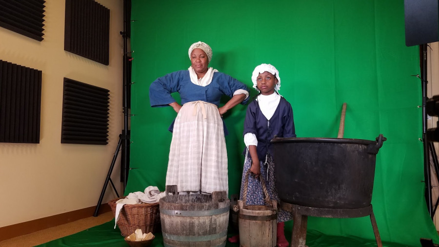Behind the scenes: Green screen for holograms of enslaved laundresses. In the tour, you see them in one of Mount Vernon's yards where they would have originally worked.